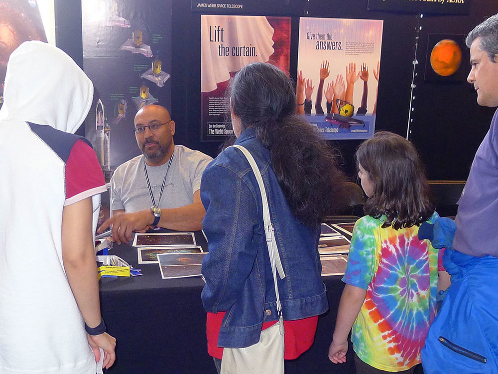 event-jhu-physics-fair-5.jpg