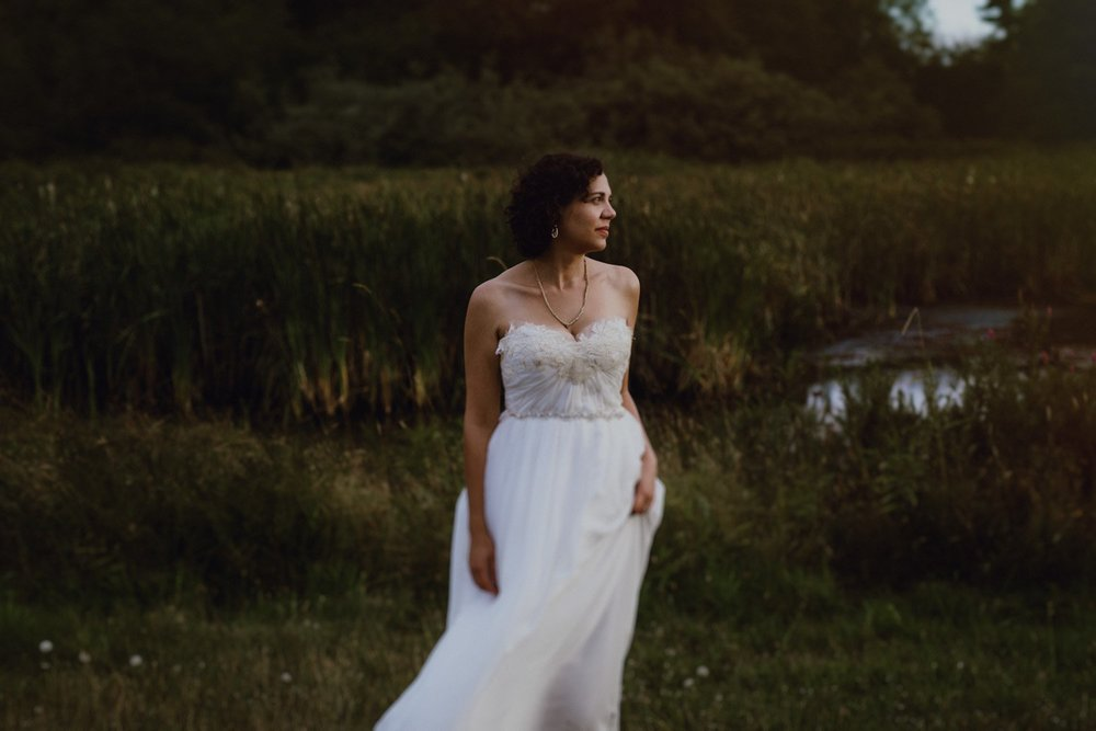 A bride in her Sarah Seven wedding dress