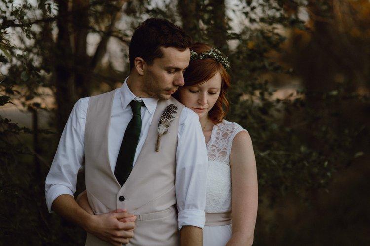 Erika + Brandon //The Farmhouse Weddings -Nappanee, IN