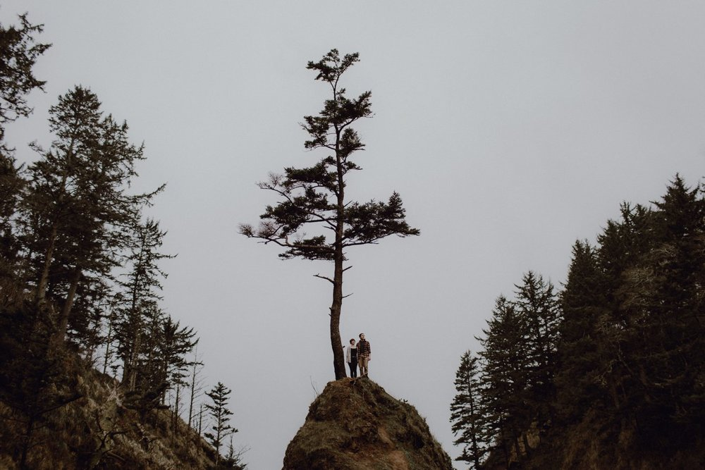Oregon coast engagement photo by Portland Wedding Photographer Catalina Jean