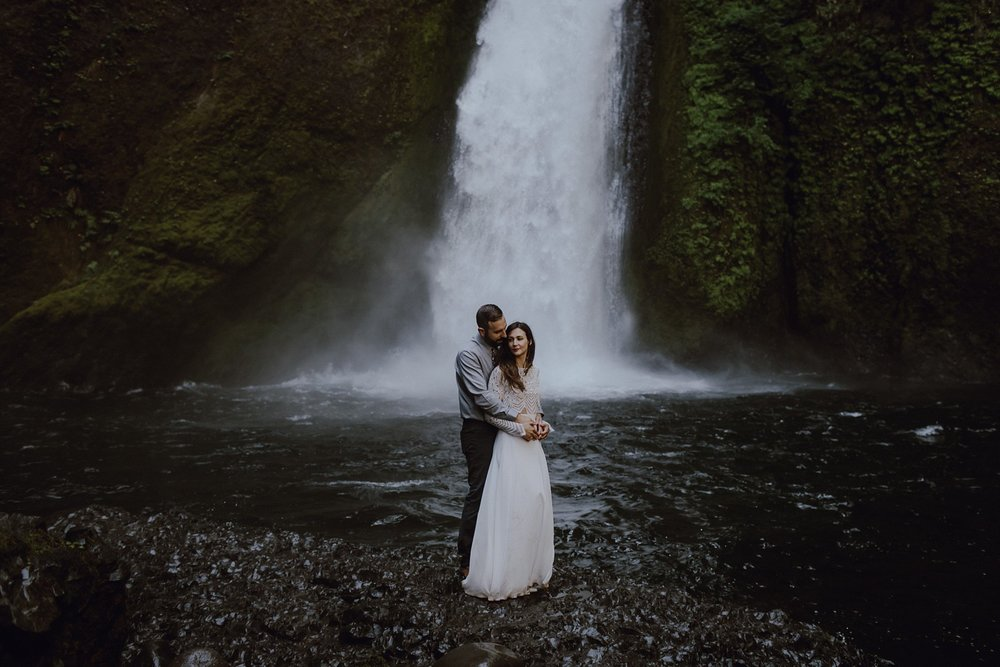 An elopement at Wahclella Falls