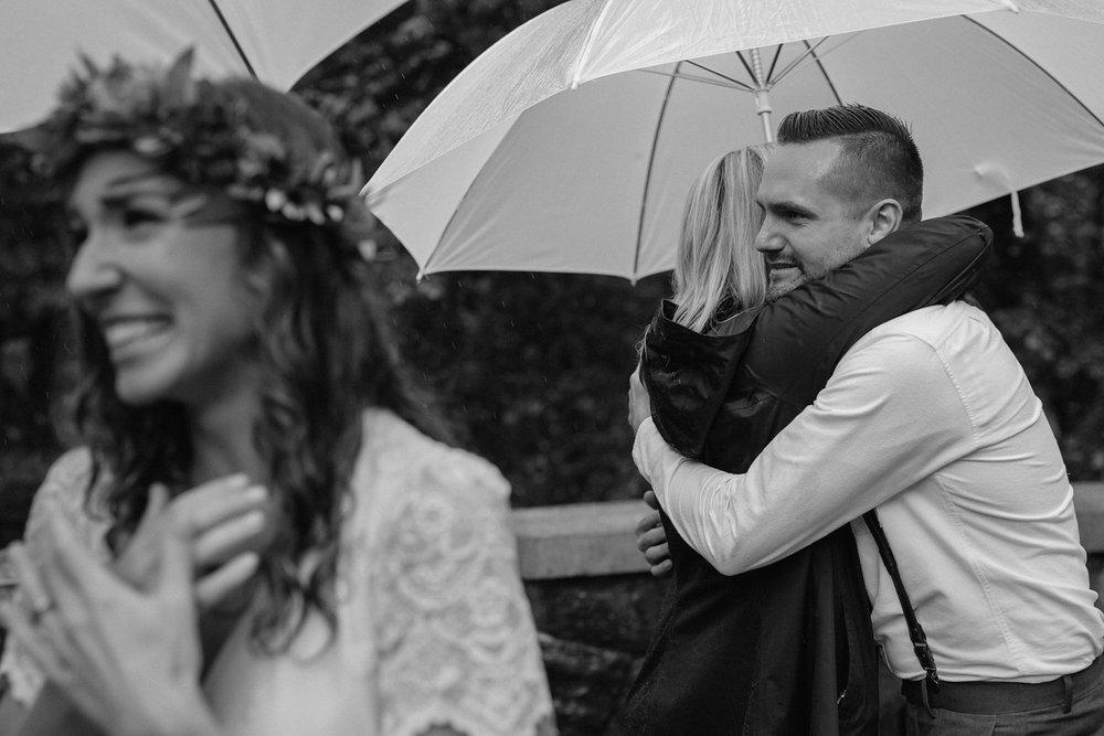 oregon-waterfall-elopement-wedding_0033.jpg
