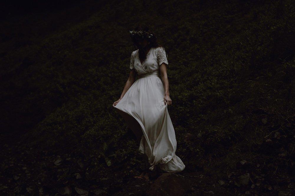 oregon-waterfall-elopement-wedding_0049.jpg