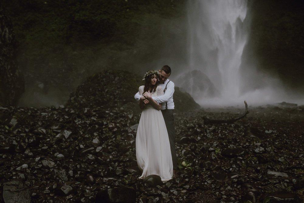 A bride and groom portraits at Latourell Falls.