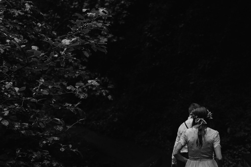 oregon-waterfall-elopement-wedding_0039.jpg