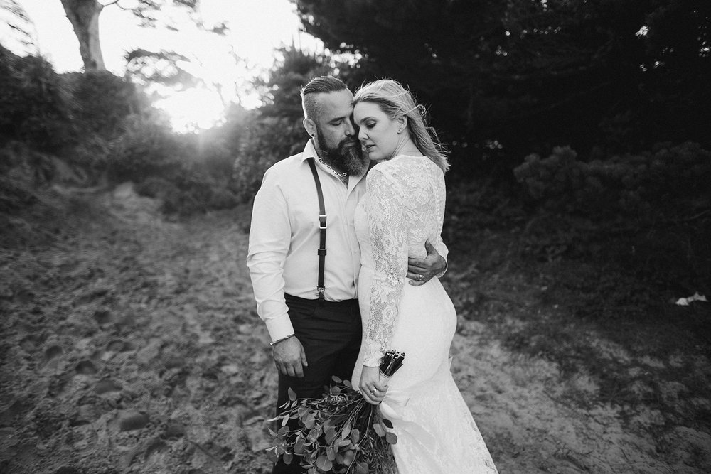 cape-kiwanda-elopement-wedding_0026.jpg