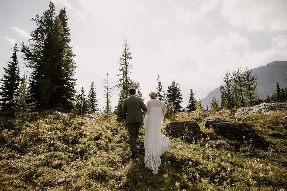 banff-canada-elopement-wedding_0023.jpg