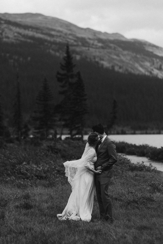 banff-canada-elopement-wedding_0052.jpg
