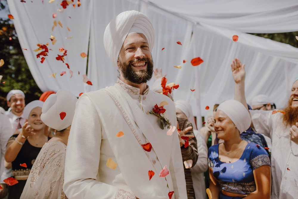 bohemian-inspired-sikh-wedding_0010.jpg