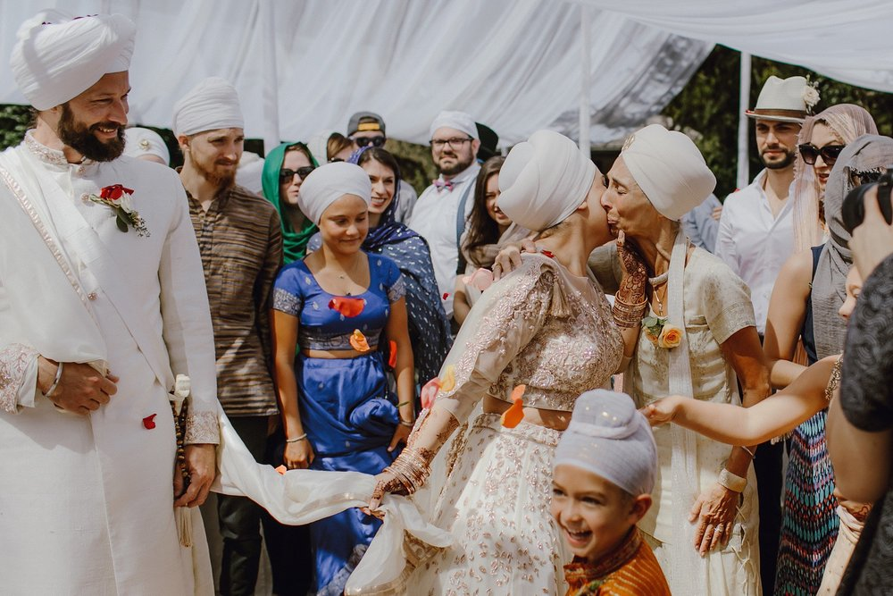 bohemian-inspired-sikh-wedding_0011.jpg