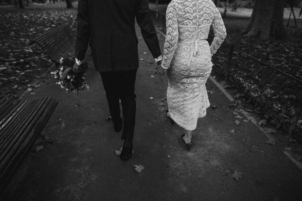 parc-monceau-paris-elopement_0113.jpg