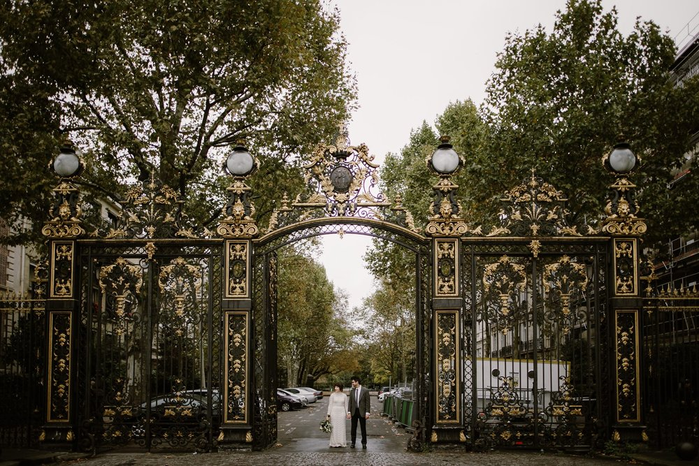 Wedding photos at Parc Monceau