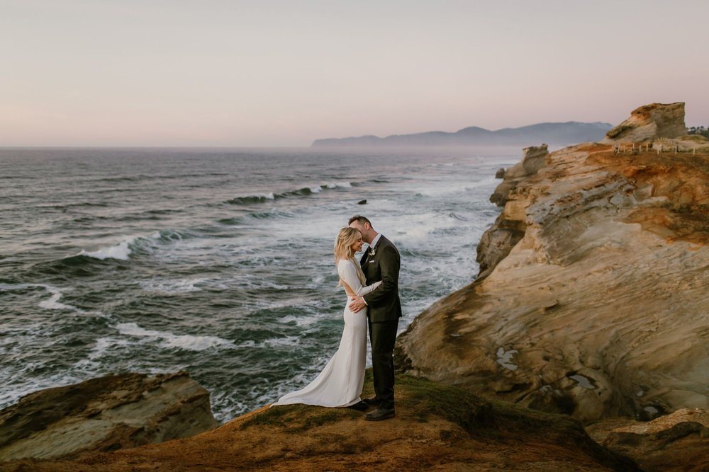 Oregon Coast elopement bride and groom portraits