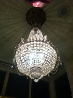 I want a chandelier in every room. Please, and thank you.