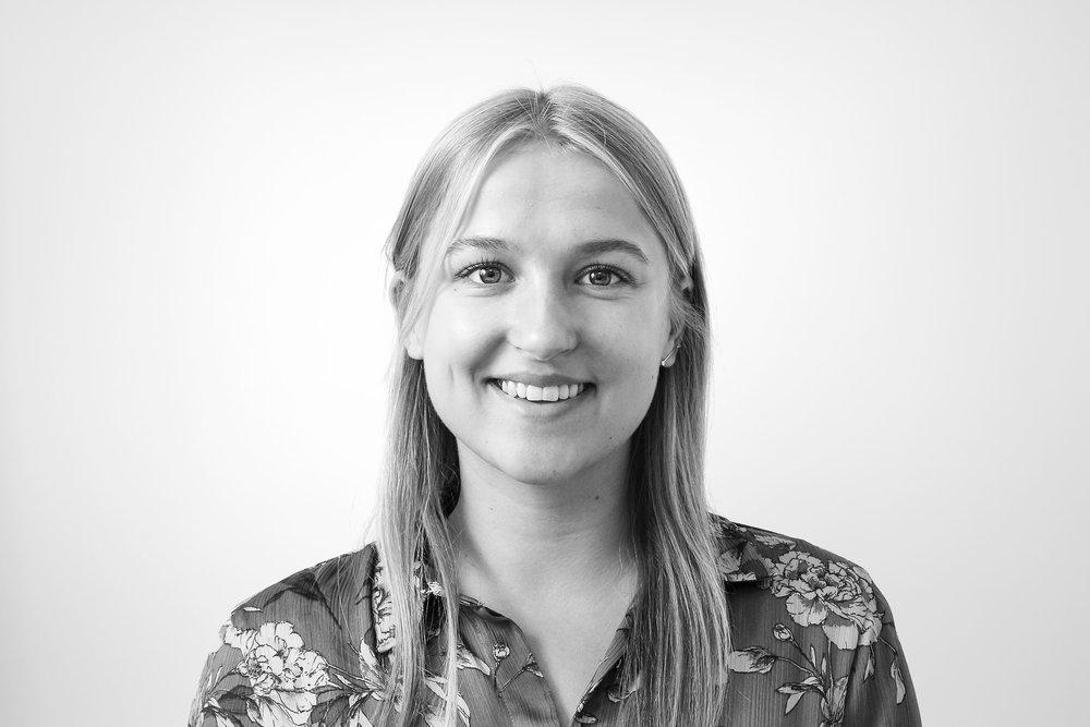 Marie Bay-Smidt Office Manager mbs@effekt.dk