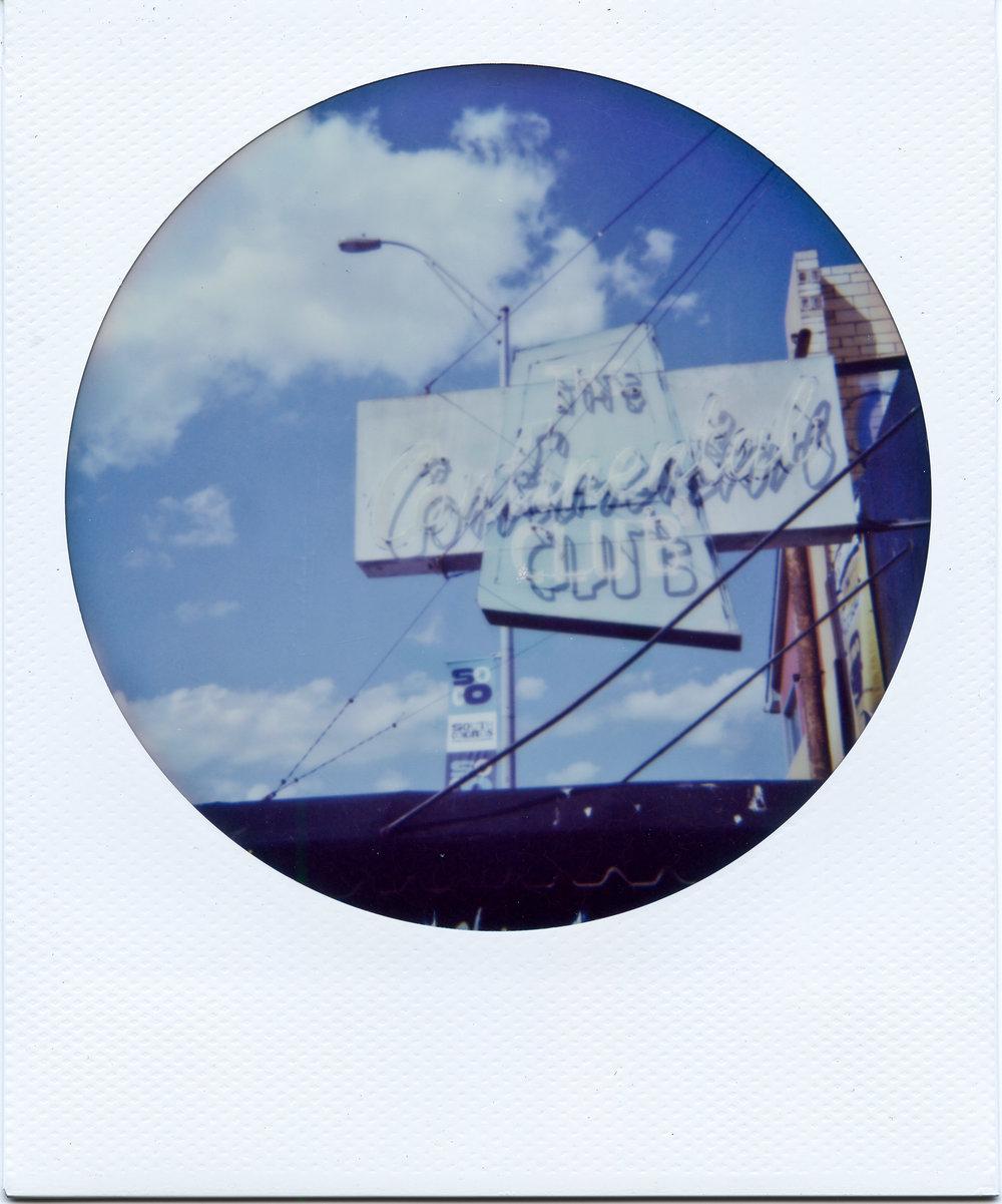 Polaroid ATX001-2.jpg