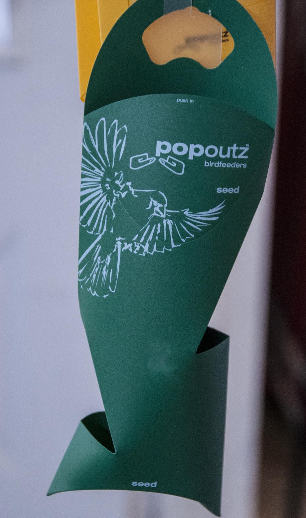 pop outz bird feeder