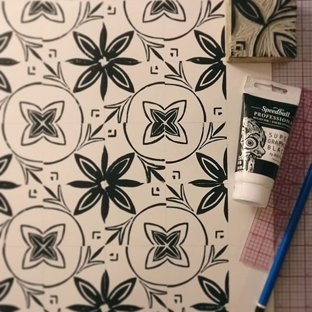 Not too bad for a first attempt. Playing with some little linoleum blocks and repeat patterns. . . . . . . . . . . . . . #art #pattern #repeat #printmaking #practice #studio #artstudio #design #new #print #handmade #floral #tile #artist #artistsofinstagram #notperfect #movement #linoleumprint #today #reliefprint
