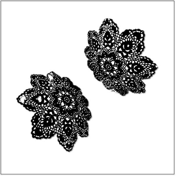 Rosie.Perl.lace black.jpg