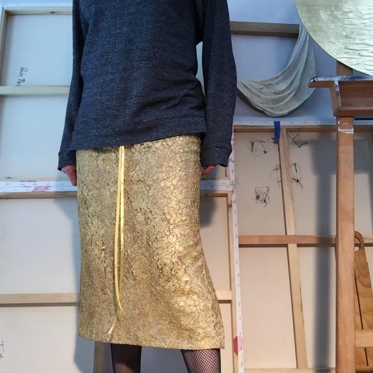 RosiePerl.gildedlaceskirt.17.JPG