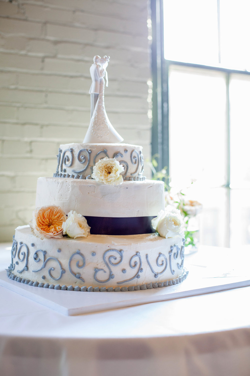Reception Cake (15 of 18).jpg