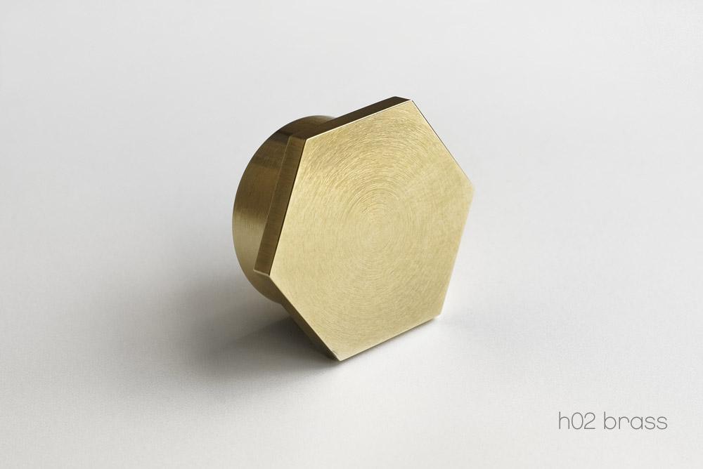 h02_Brass.jpg