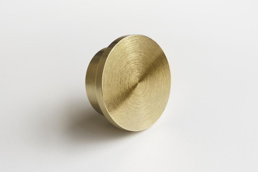 07_Brass_Round.jpg