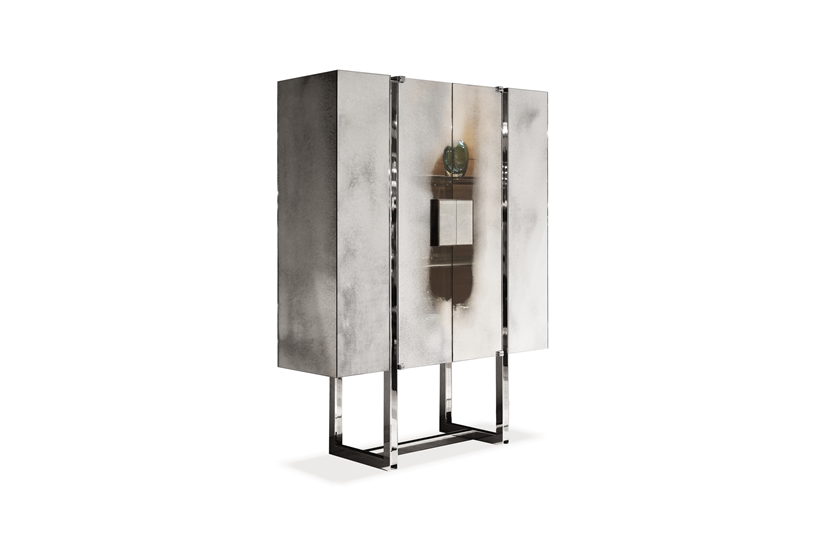 Featured: The Dunhill cabinet