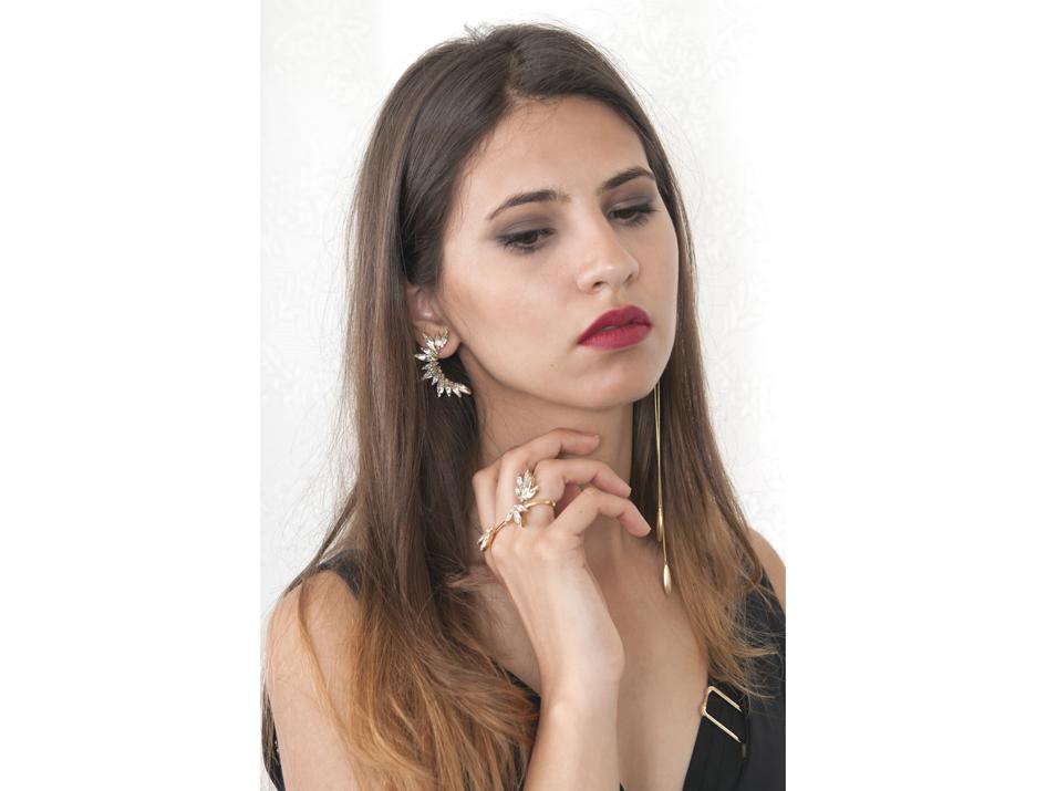 Diona_gold_cluster ear.jpg