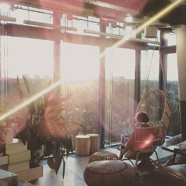 Always working on a better world! #changemakers #coworking #sunset