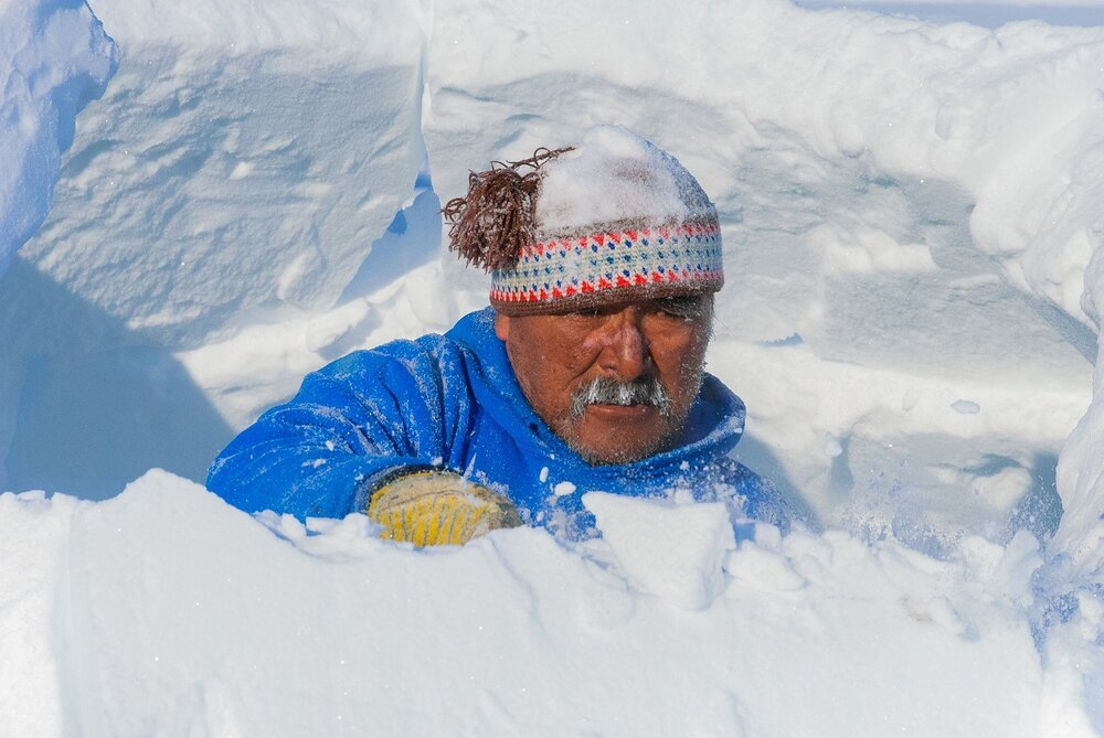 Building the Igloo - Puvirnituq, Nunavik, Canadian Arctic