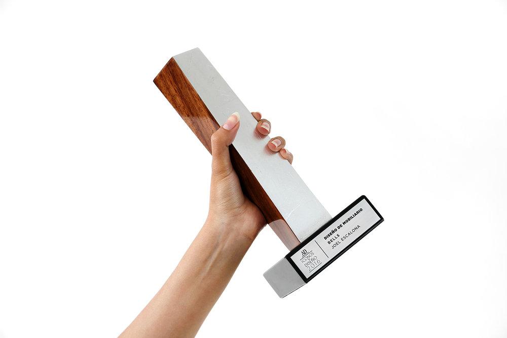 Bells para Roche Bobois gana PREMIO ICONOS por Architectural Digest