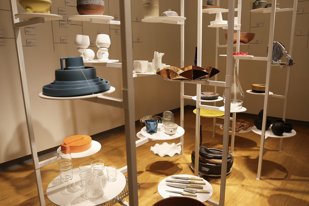 Exhibición Del Plato a la Boca, Diseño y Cocina en el Museo del Objeto del Objeto presentando el Plato Bailarín.