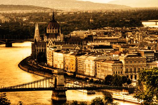 Budapest_from_CItadel.jpg