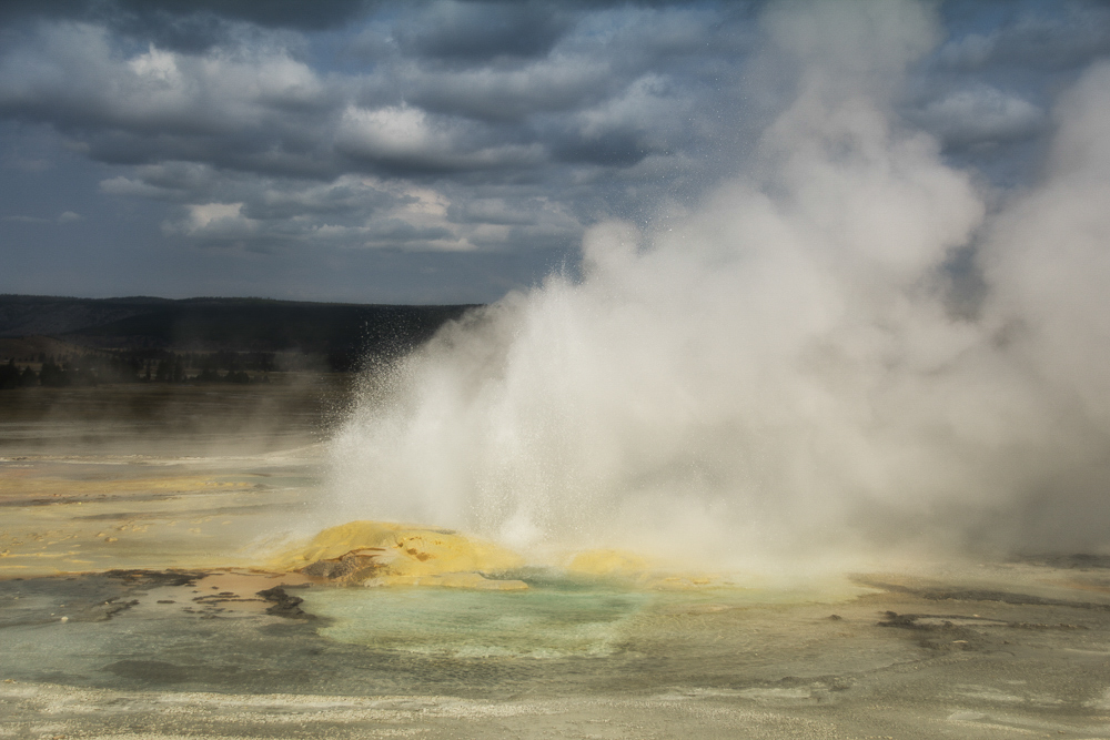 Geyser Pool, Yellowstone