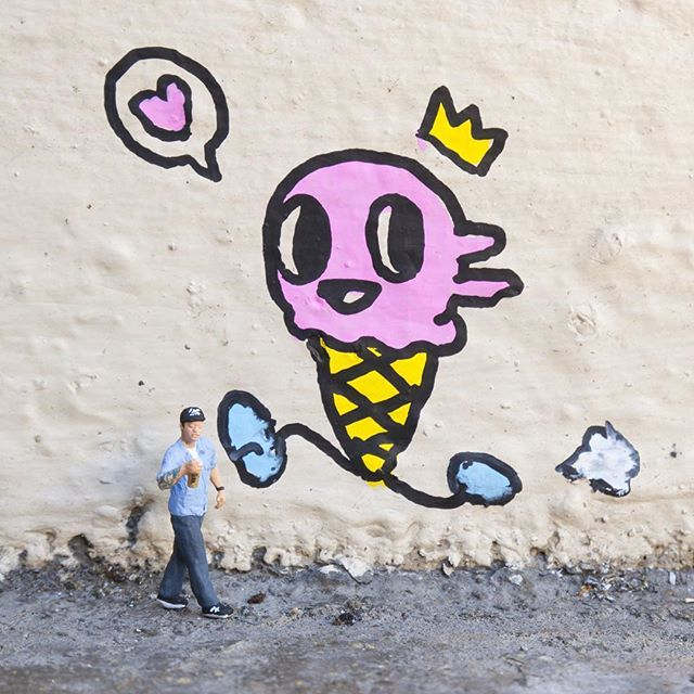 @slinkachu_official made a miniature version of one of the founders of #PowWowHawaii, artist @mrjasperwong - and he kindly created a tiny mural to finish the installation! The mural is the very first that Jasper has actually painted during #powwowhawaii @powwowworldwide  #slinkachu #miniature  @1xrun is honored to sponsor POW! WOW! alongside @rvca @flexfit @montanacans @montanacans_usa @hawaiianairlines @modernhonolulu @monsterenergy @nativeshoes and @thinkspace_art