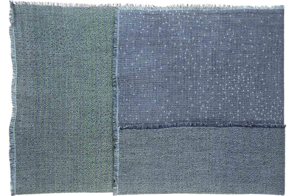 Pigment/green - Throw 135 x 200 cm  Composition: 34% wool, 30% viscose 18% cotton, 10% silk , 8% mohair