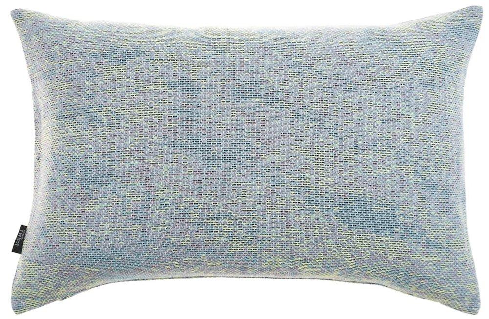 NoMoreTwist- reflet green- cushion M©Nathalie Noël.jpg