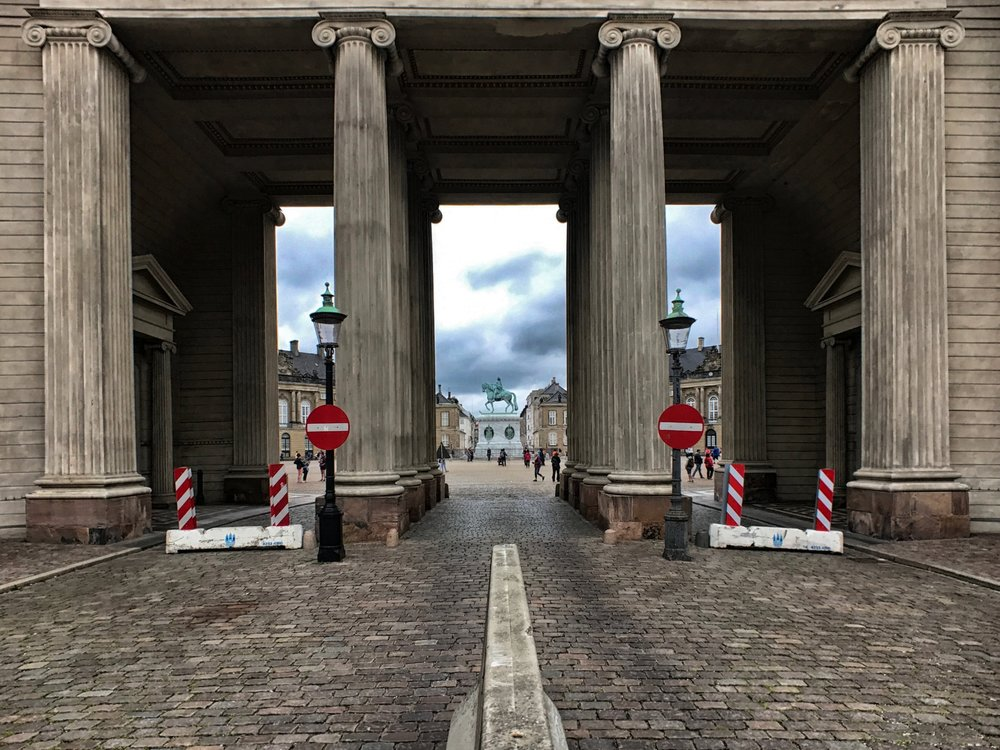 A gate on Amaliegade leading to the central plaza of  Amalienborg Palace
