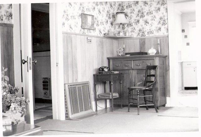 Aunt-Margrets-House-4.jpg