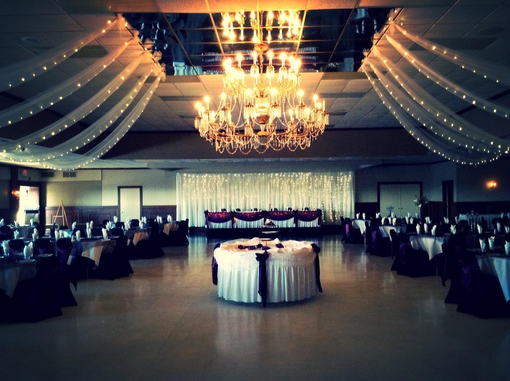 Ballroom01.jpg