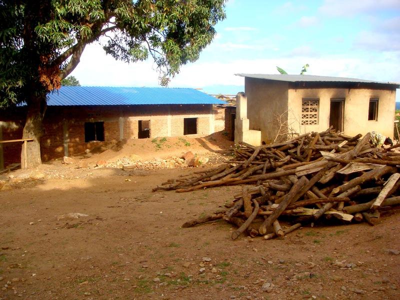 Mango Tree School, Congo, Kicheko