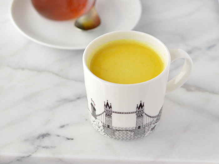 How to make a turmeric latte
