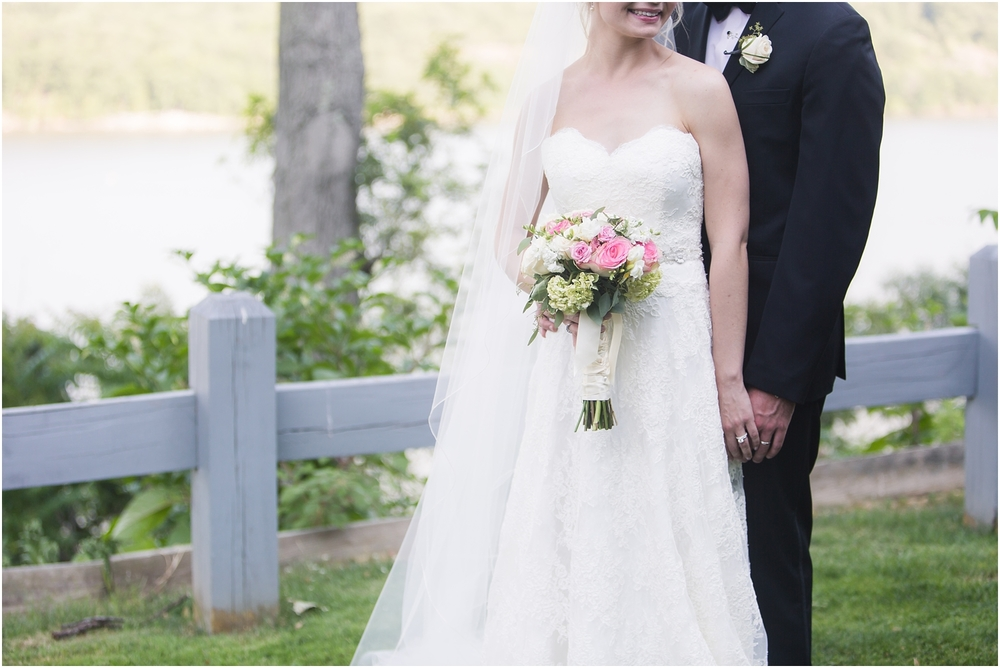 West Point Wedding at the Thayer Hotel | Bride and Groom | Pink and White Bouquet