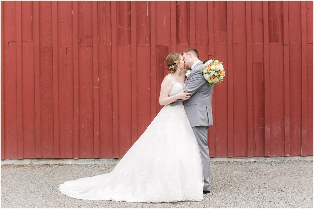 PickeringBarnWedding-165.jpg