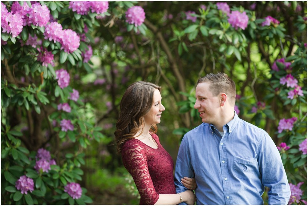 CrossEstateGardensEngagementPhotos_0105.jpg