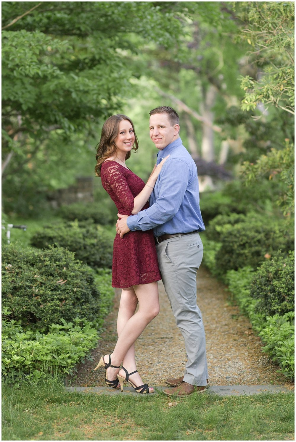 CrossEstateGardensEngagementPhotos_0110.jpg