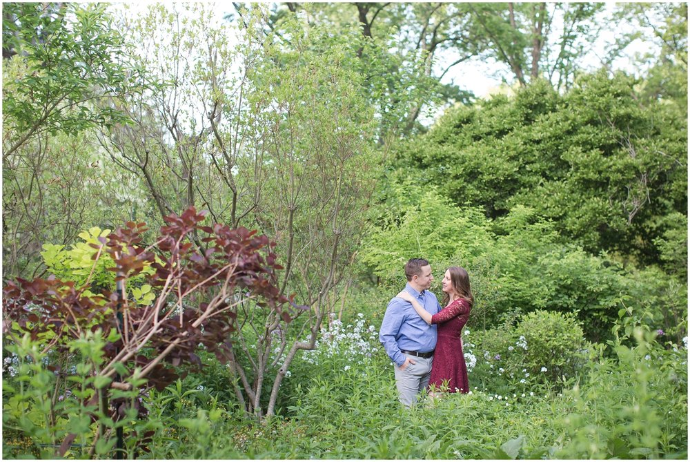 CrossEstateGardensEngagementPhotos_0115.jpg
