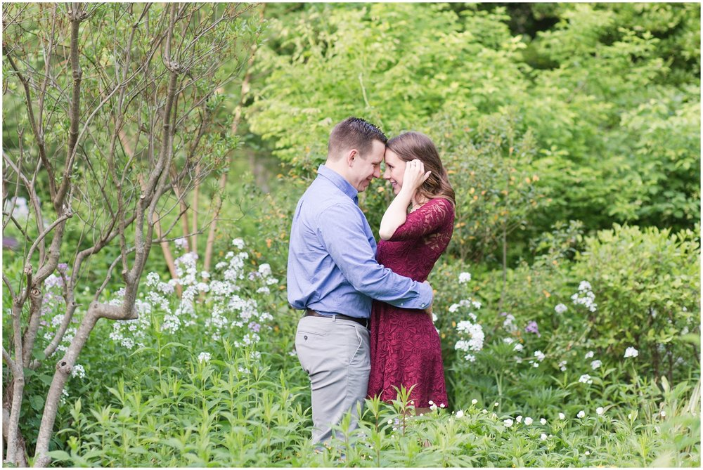 CrossEstateGardensEngagementPhotos_0120.jpg