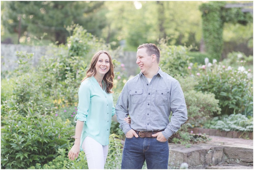 CrossEstateGardensEngagementPhotos_0144.jpg